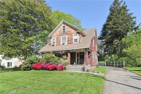 Single Family Home Sold in Fairfield CT 06825. Old colonial farm house near beach side waterfront with 2 car garage.