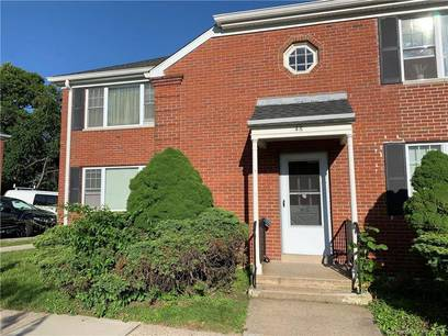 Condo Home Sold in Bridgeport CT 06604.  house near waterfront with 2 car garage.