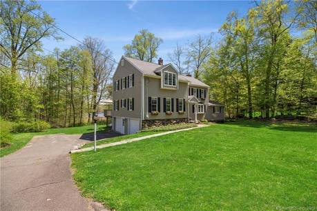 Single Family Home Sold in Ridgefield CT 06877. Colonial house near lake side waterfront with 2 car garage.