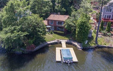 Single Family Home Sold in Newtown CT 06482. Old colonial house near lake side waterfront.