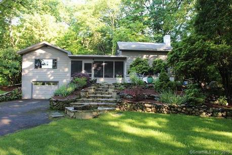 Single Family Home Sold in Wilton CT 06897. Contemporary cape cod house near waterfront with 1 car garage.