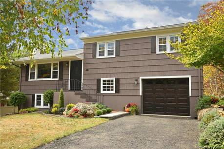 Single Family Home Sold in Danbury CT 06811.  house near waterfront with 1 car garage.