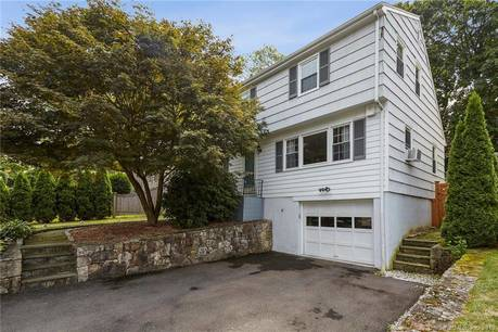 Single Family Home Sold in Norwalk CT 06851. Colonial cape cod house near beach side waterfront with 1 car garage.