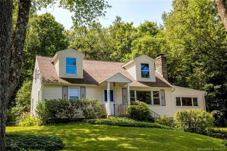 Single Family Home Sold in Newtown CT 06470.  cape cod house near waterfront with 1 car garage.