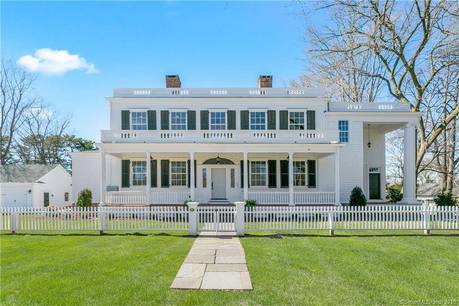 Luxury Single Family Home Sold in Fairfield CT 06890. Colonial house near beach side waterfront with 2 car garage.