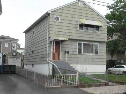 Multi Family Home Sold in Bridgeport CT 06608.  house near waterfront with 1 car garage.