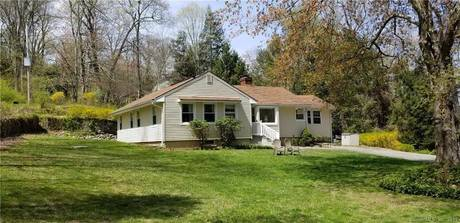 Single Family Home Sold in Redding CT 06896. Ranch house near waterfront.