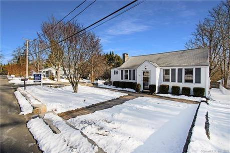 Single Family Home Sold in Danbury CT 06811. Ranch house near waterfront.