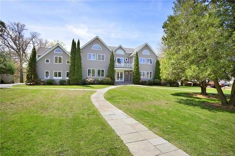 Single Family Home Sold in Westport CT 06880. Colonial house near beach side waterfront with swimming pool and 3 car garage.