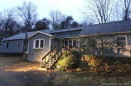 Foreclosure: Single Family Home Sold in Sherman CT 06784. Ranch house near waterfront with 3 car garage.