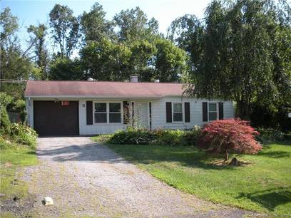 Single Family Home Sold in Brookfield CT 06804. Ranch house near beach side waterfront with 1 car garage.