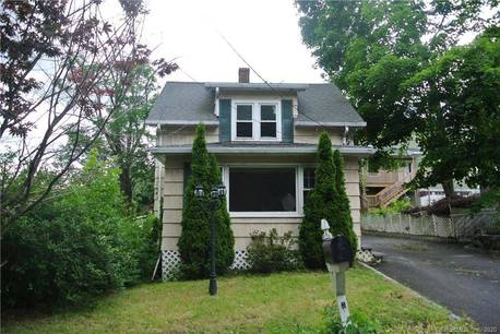 Single Family Home For Sale in Danbury CT 06810. Old colonial cape cod house near waterfront.