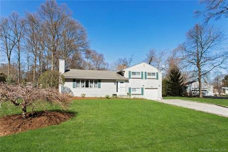 Single Family Home Sold in Norwalk CT 06851.  house near beach side waterfront with 1 car garage.