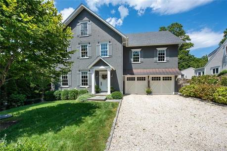 Single Family Home Sold in Norwalk CT 06853. Colonial house near waterfront with 2 car garage.