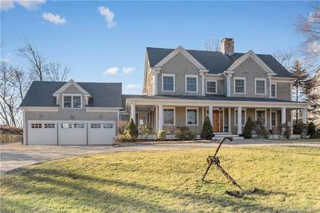 Single Family Home Sold in Norwalk CT 06853. Colonial house near beach side waterfront with 3 car garage.