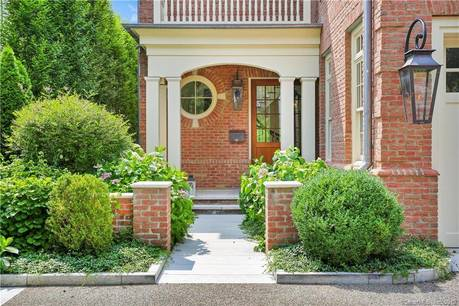 Luxury Single Family Home Sold in Greenwich CT 06830. Colonial, georgian house near waterfront with swimming pool and 2 car garage.