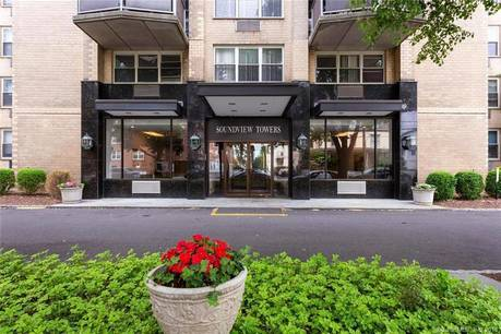 Condo Home Sold in Stamford CT 06902.  house near waterfront with swimming pool and 1 car garage.