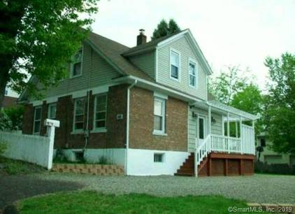 Single Family Home Sold in Fairfield CT 06825. Old  cape cod house near waterfront.