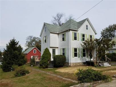 Single Family Home Sold in Stamford CT 06906. Old victorian, colonial house near waterfront.