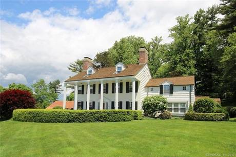 Luxury Single Family Home For Sale in Fairfield CT 06824. Old colonial, georgian house near waterfront with 3 car garage.