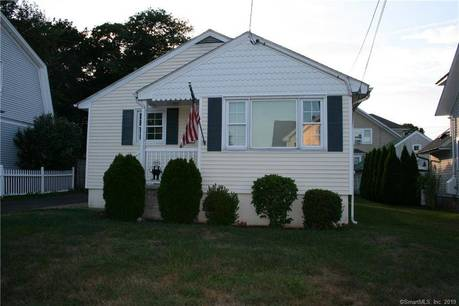 Single Family Home Sold in Stratford CT 06615. Ranch house near river side waterfront with 2 car garage.