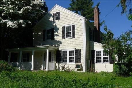 Foreclosure: Single Family Home Sold in Stamford CT 06903. Old colonial house near waterfront with swimming pool and 2 car garage.