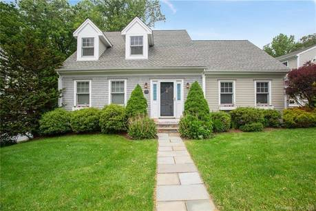 Single Family Home Sold in Shelton CT 06484. Colonial cape cod house near waterfront with 2 car garage.