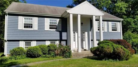 Single Family Home Sold in Stamford CT 06902. Ranch house near river side waterfront with 2 car garage.