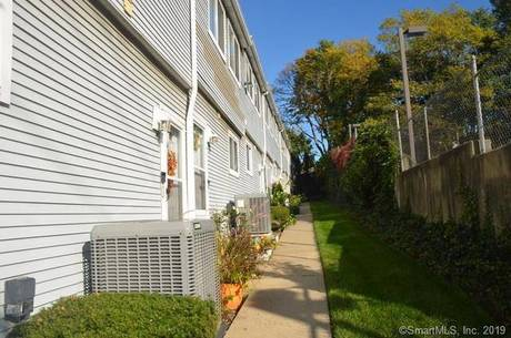 Condo Home Sold in Stamford CT 06902.  townhouse near waterfront with 2 car garage.