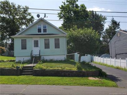 Single Family Home Sold in Bridgeport CT 06606. Old  bungalow house near waterfront with 1 car garage.