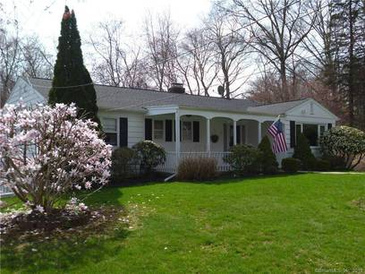 Single Family Home Sold in Fairfield CT 06825. Ranch house near waterfront with 3 car garage.