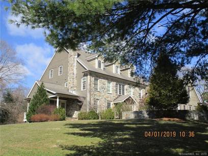 Foreclosure: Single Family Home Sold in Wilton CT 06897. Colonial house near waterfront with swimming pool and 3 car garage.