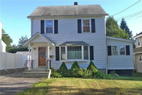 Foreclosure: Single Family Home Sold in Stamford CT 06907. Old colonial house near waterfront with 2 car garage.