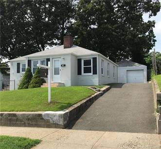 Single Family Home Sold in Bridgeport CT 06606. Ranch house near beach side waterfront with swimming pool and 2 car garage.