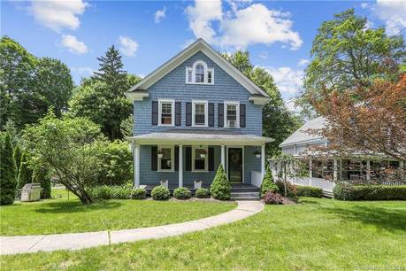 Single Family Home Sold in Ridgefield CT 06877. Old colonial farm house near waterfront.