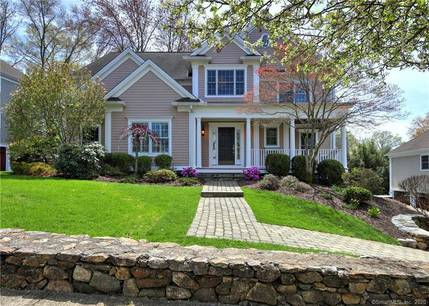 Single Family Home For Sale in Fairfield CT 06824. Colonial house near beach side waterfront with 3 car garage.