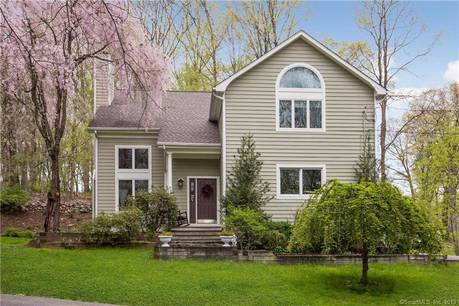 Single Family Home Sold in Norwalk CT 06850. Contemporary, colonial house near beach side waterfront with 2 car garage.