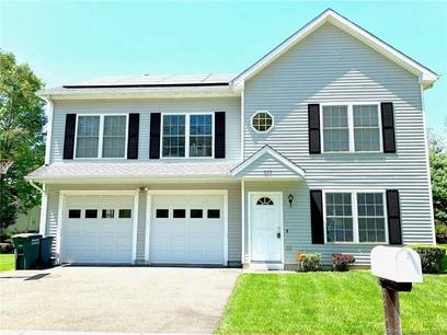 Single Family Home Sold in Bridgeport CT 06610. Colonial house near waterfront with 2 car garage.