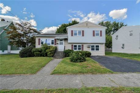 Single Family Home Sold in Bridgeport CT 06606.  house near river side waterfront.