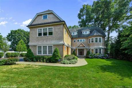 Single Family Home Sold in Stamford CT 06902. Colonial house near waterfront with swimming pool and 3 car garage.