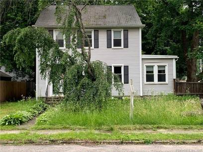 Short Sale: Single Family Home Sold in Bethel CT 06801. Old colonial house near waterfront.