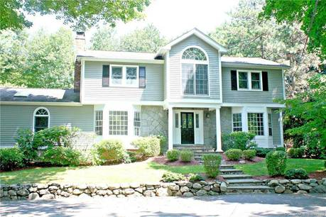 Single Family Home Sold in Westport CT 06880. Colonial house near beach side waterfront with swimming pool and 2 car garage.