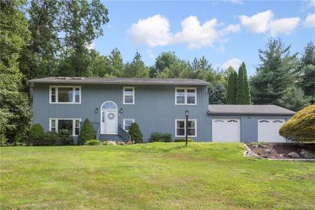 Single Family Home Sold in Bethel CT 06801. Contemporary, ranch house near waterfront with swimming pool and 2 car garage.
