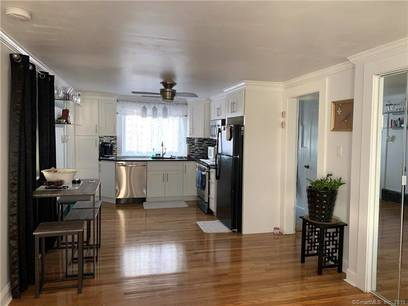 Multi Family Home For Rent in Stamford CT 06902. Colonial house near waterfront.