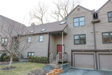 Condo Home Sold in Monroe CT 06468.  townhouse near lake side waterfront with swimming pool and 1 car garage.