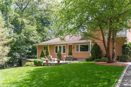 Single Family Home Sold in Norwalk CT 06850.  house near beach side waterfront.