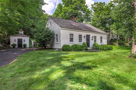 Short Sale: Single Family Home Sold in Stamford CT 06903. Old  cape cod house near waterfront with 1 car garage.