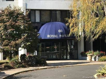 Condo Home For Rent in Stamford CT 06902.  house near waterfront.