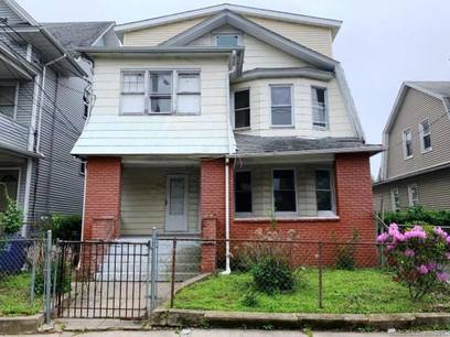 Foreclosure: Multi Family Home Sold in Bridgeport CT 06606. Old  house near waterfront.
