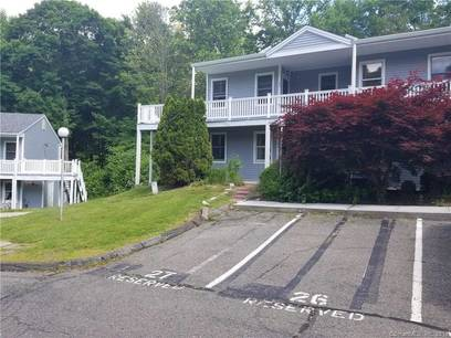 Foreclosure: Condo Home Sold in Monroe CT 06468. Ranch house near waterfront.
